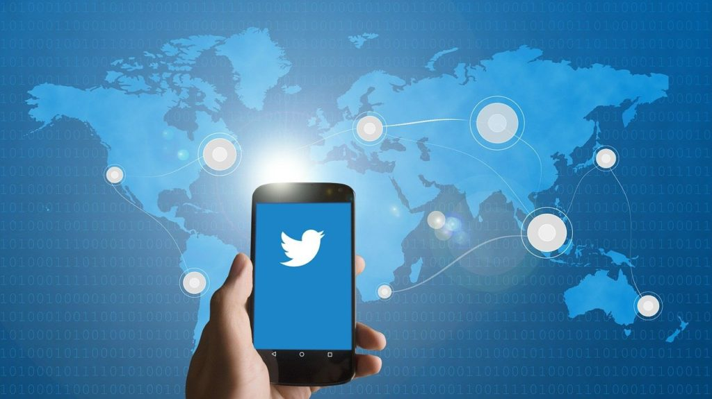 What Is The Value Of Insiders In The Twitter Age?